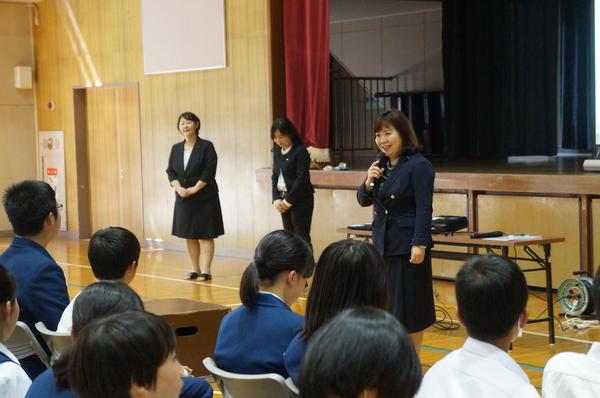 社会人のマナーを学ぶ in 長沢中学校